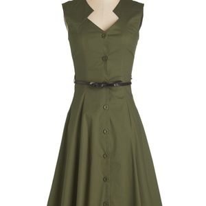Knack for Numbers Dress in Moss in 1X